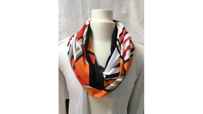 Foulard Rouge orange noir